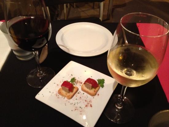 Dovela Restaurante: starter van het huis