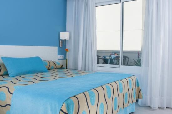 Hoposa Daina Apartments: Habitacion