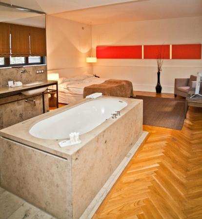 Cortiina Hotel: Business Suite