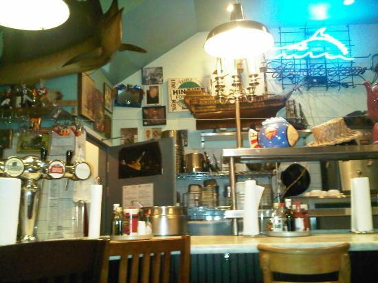 Mayes Oyster House: Lovely Decoration