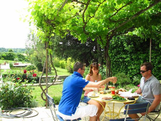 Mas Laurent : A lovely lazy lunch overlooking the grounds