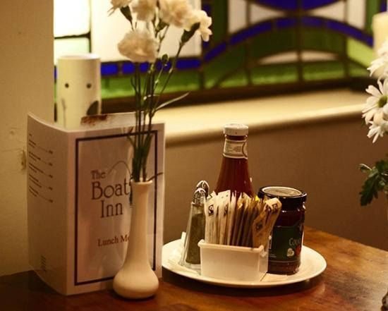 The Boat Inn: Bar Food served daily from 8am to 9.30pm