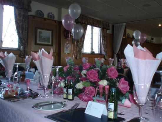 Hunters Lodge Hotel: Wedding Flowers