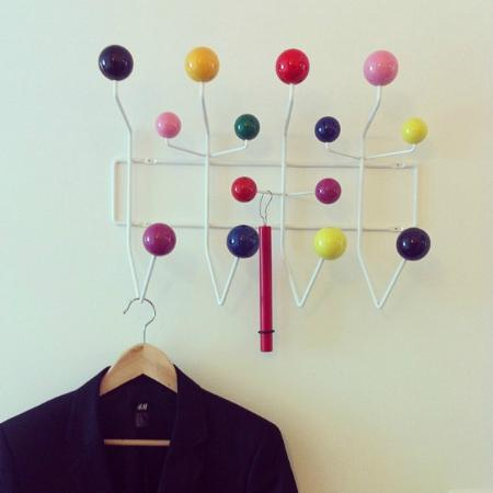 Hotel Krafft Basel: Colorful ball coatrack