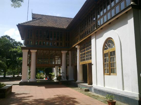 Bolgatty Palace and Island Resort: main building area