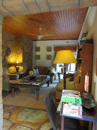 Kaia Tani Guesthouse: Lounge area