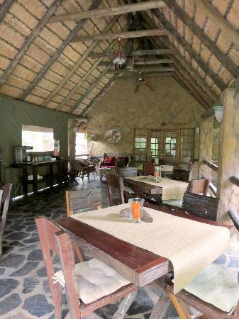 Kaia Tani Guesthouse: Dining area