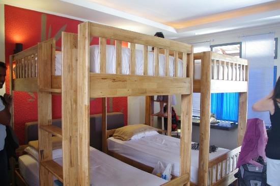 Kayun Hostel: 4 person family room.