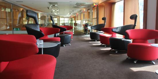 Avalon Hotel: Sitteområde
