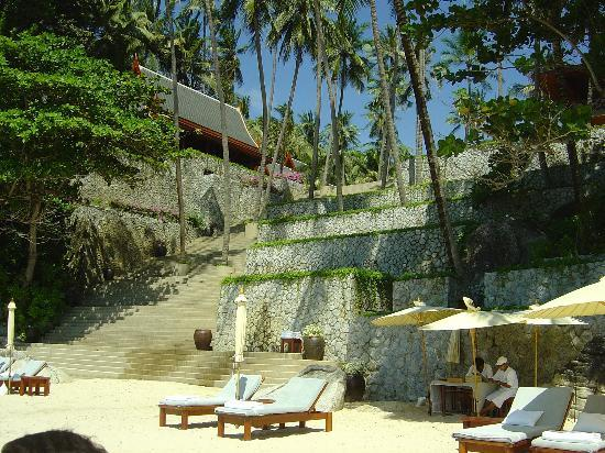 Amanpuri: fantastic stairs down to the beach