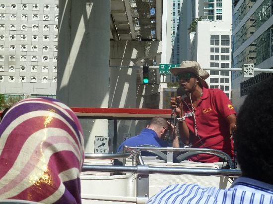 Gray Line Miami Hop on Hop off Bus : great guide
