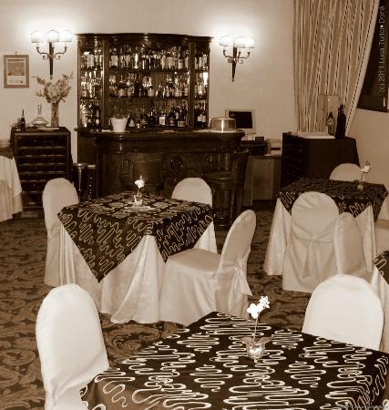 Hotel Savoy: Granet Restaurant & Bar