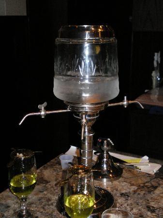 Albright Mansion Restaurant: Absinthe fountain