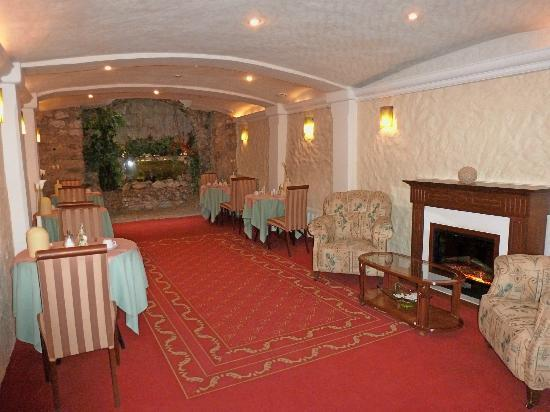 Hotel Promenada: Sala de desayunos