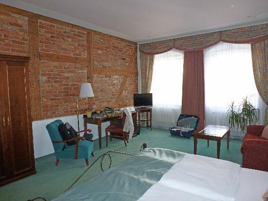 Hotel Promenada: Habitación