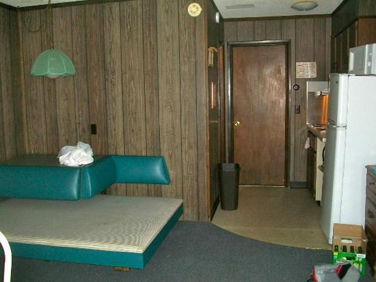 Pilgrims Pride Motel