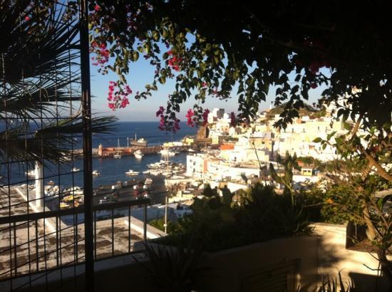 La Limonaia a Mare: vista dal terrazzo comune alle camere