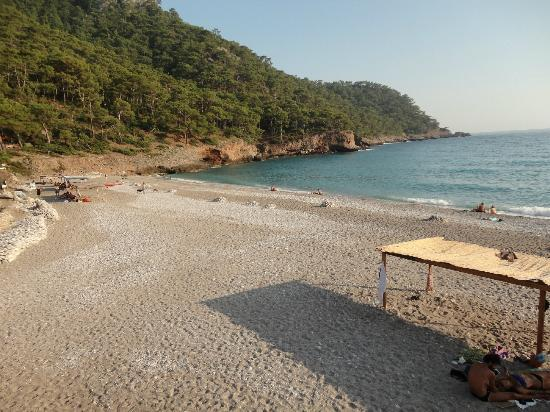 Sea Valley Bungalows: the beach