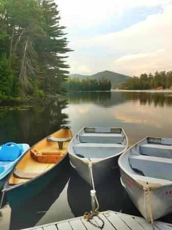 Quality Inn Lake Placid: free boat rentals on the dock