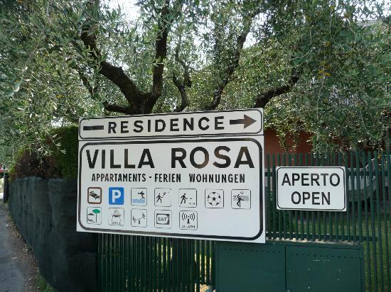 Residence Villa Rosa: Ingang Villa Rosa