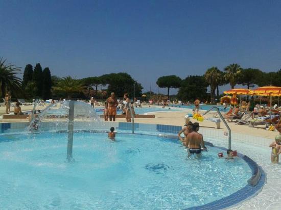 Riotorto, Italia: Una delle piscine