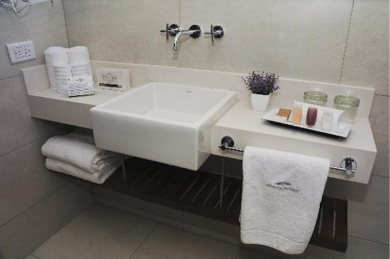 Howard Johnson Inn Palermo: Baño Privado