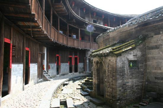 Nanxi Earth Buildings: interior