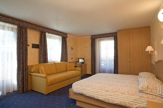 Hotel Nevada: CAMERA SUPERIOR