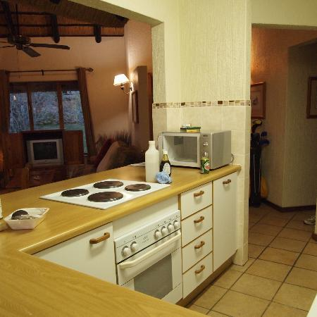 Kruger Park Lodge: Kitchen