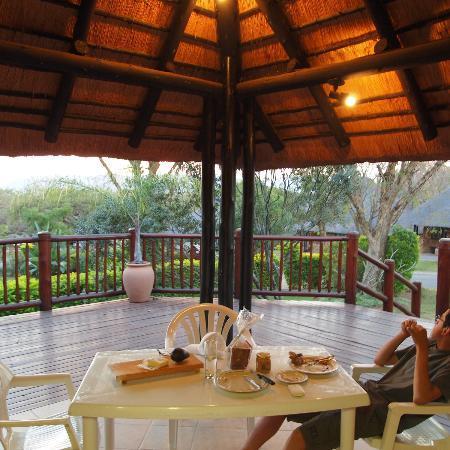 Kruger Park Lodge: Veranda