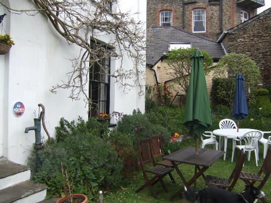 St. Vincent House: Garden