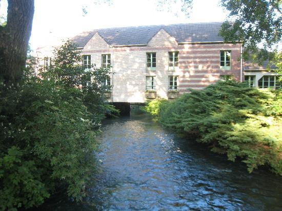 Le Moulin de Mombreux : view of hotel/rooms