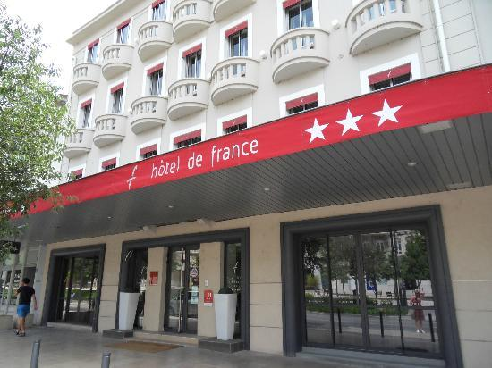 Hôtel de France : Hotel front