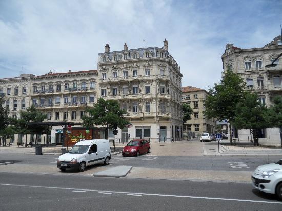 Hôtel de France : Local architecture