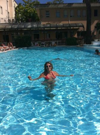 Hotel Milano Helvetia: magnifica piscina