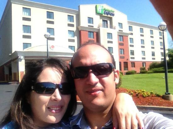 Holiday Inn Express Saugus (Logan Airport): I always take a pic of my hotel while leaving...