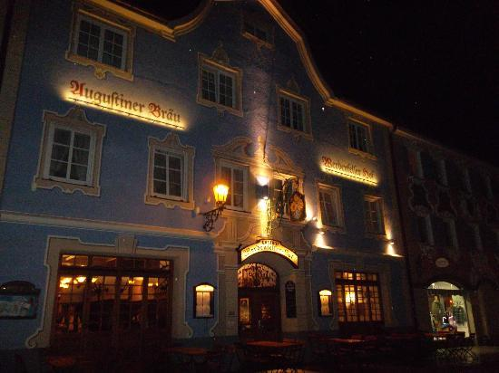 Werdenfelser Hof: The front of the restaurant