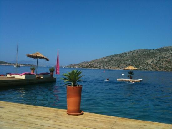Karia Bel' Hotel & Restaurant: beach