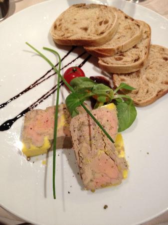 Al Tres : foie gras pane all'uvetta