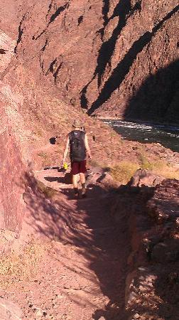 Inner Canyon: Hiking bridge to bridge