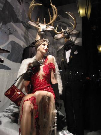 Bergdorf Goodman: BG Windows at Christmas