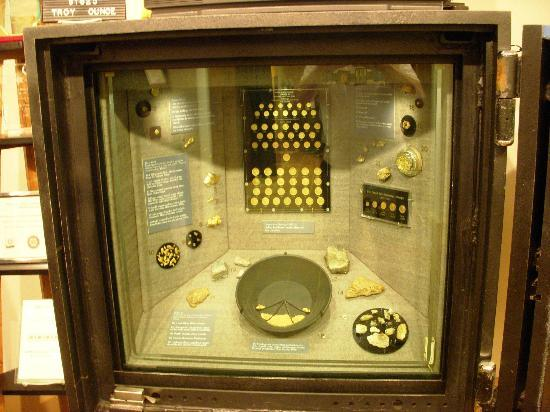 Dahlonega Gold Museum State Historic Site: Great details on their own mint and the coins they produced