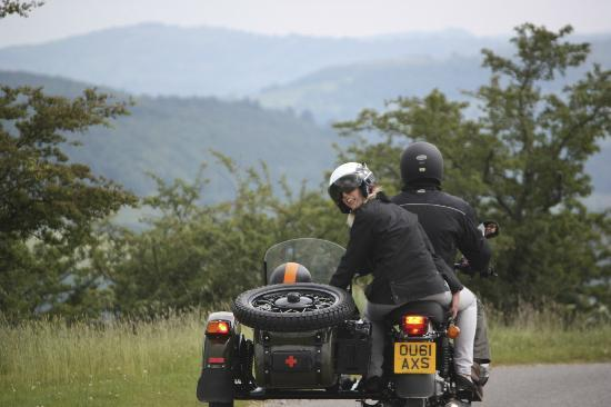Sidecar Safari Peak District- Day Tours: Looking back