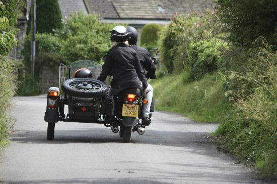 Sidecar Safari Peak District- Day Tours: Idyllic