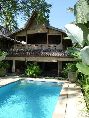 Lovina Beach Houses: maison avec sa piscine privée