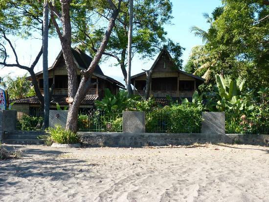 บาหลี โลวินา บีช คอทเทจ: maisons à quelques mètres de la plage