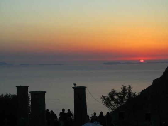 Masseria Astapiana Villa Giusso: Sunset at Villa Giusso