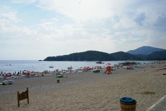 Karbel Beach Hotel: Beach at Oludeniz