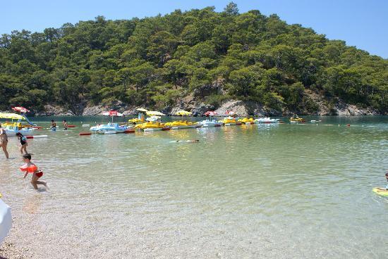 كاربيل بيتش هوتل: Blue Lagoon