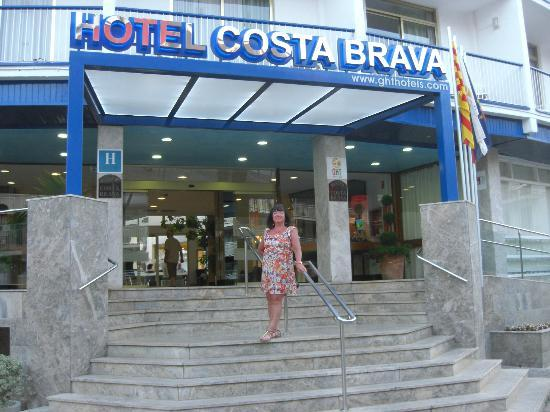 Hotel GHT Costa Brava: Entrance